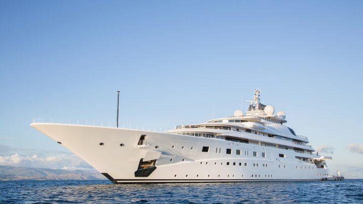 Круизы и отдых на мега яхтах